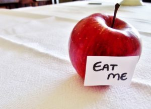 eat me apple