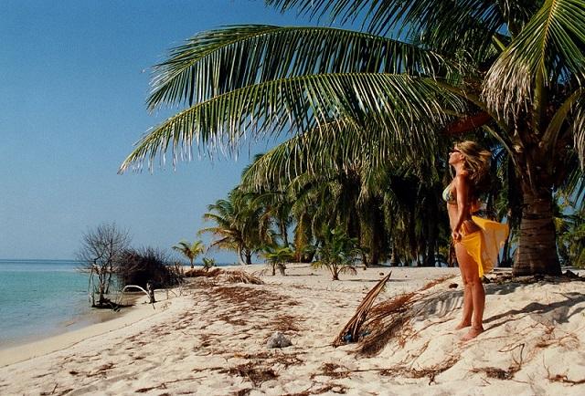 women tropic view
