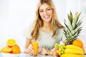 woman drinking diet juice