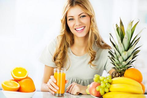 woman drinking diet juice