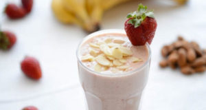 Almond milk - detox smoothie