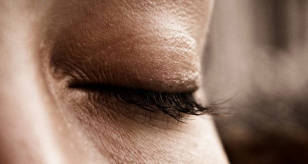 women eyelashes