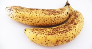 bananas with dots