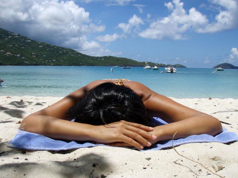 girl-on-sun sunburn