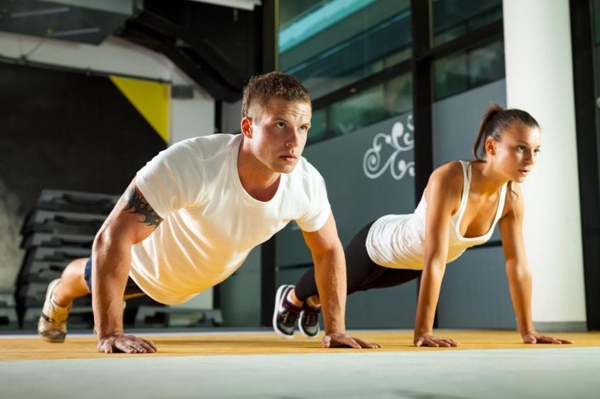 push-ups men and women