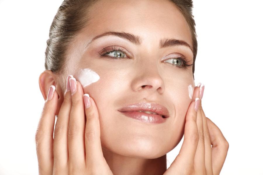 women-face-cream